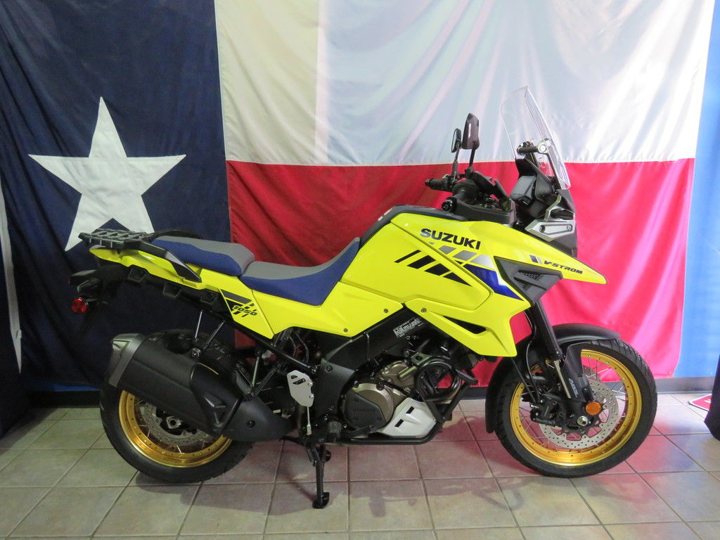 2020 Suzuki V Strom 1050 For Sale In City State 13399 Rumbleon Does the thought of waking up in a plush bed, stepping out onto a private patio, and taking in views of new surroundings sound like exactly what the wise wanderer ordered? rumbleon